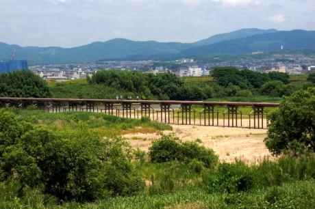 「流れ橋」時代劇のロケ地としてよく利用される