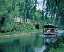 伏見のおすすめスポット|酒蔵と歴史ある水辺の美しいコースを巡る十石舟